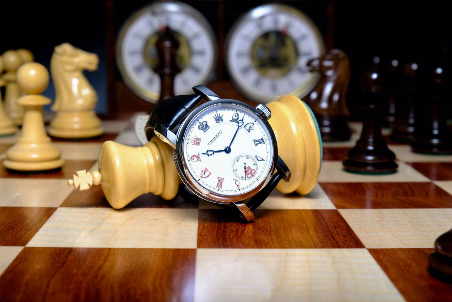 "Le modèle ""Chess in Enamel"" de RGM Watch Company"